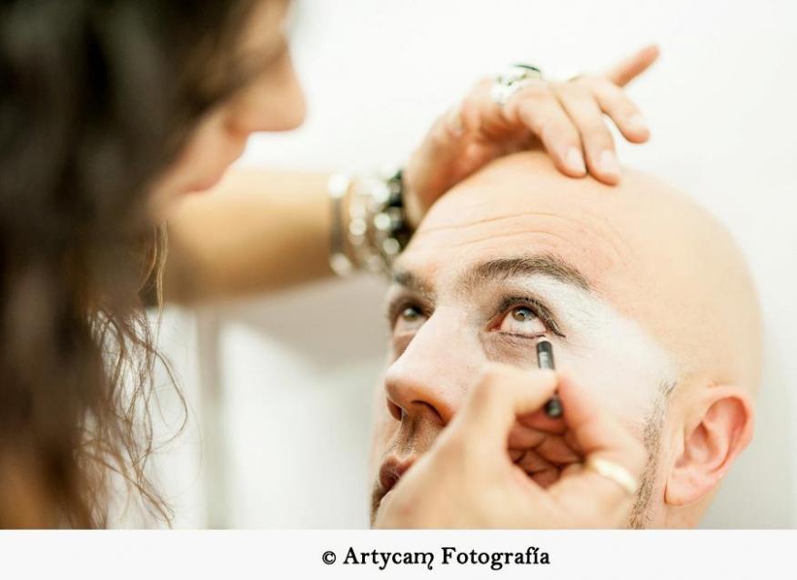 Chema Concedeclown Espectáculo Tachán Tachán 2.0 Albeitar maquillaje payaso backstage camerino