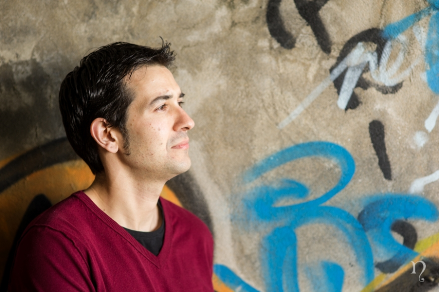 Preboda Noemi Artycam fotografia fotografos boda en León graffiti pared Riveira novio