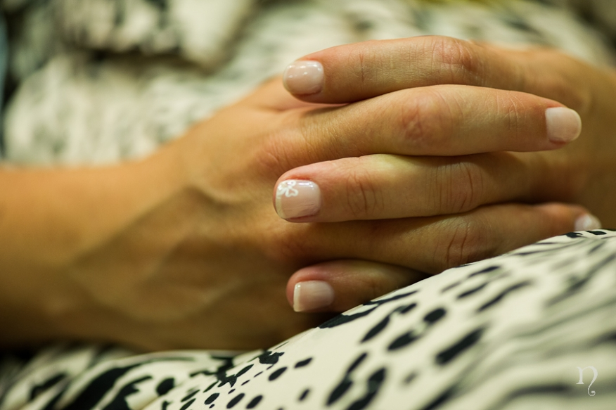 Noemie Artycam fotografia boda León manos detalle uñas novia