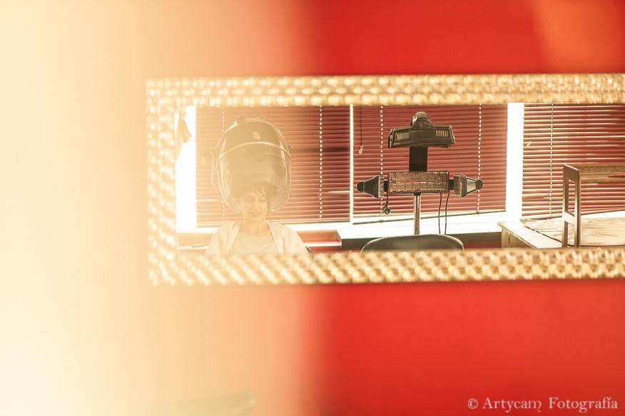 Artycam Fotografia peluquería novia espejo tubos secador